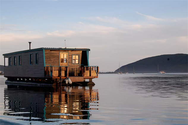 Escape The Mainland With These 15 Airbnb Boats Travel
