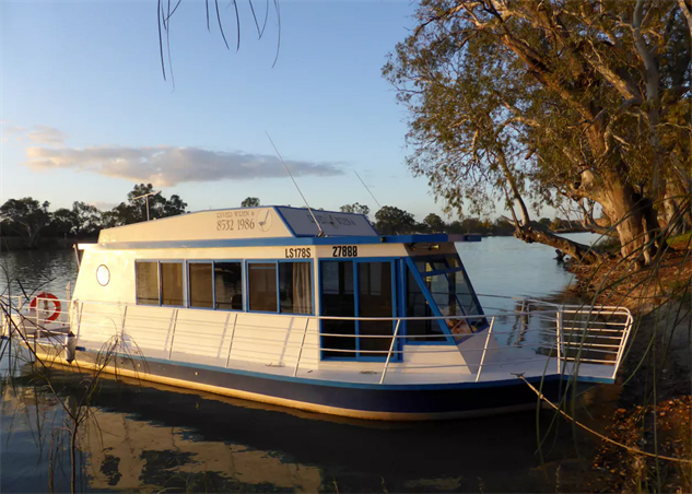 airbnb-houseboats murray-bridge