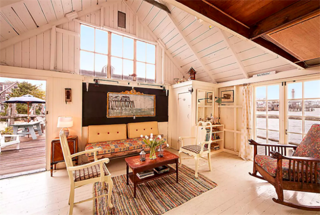 airbnb-provincetown image-8