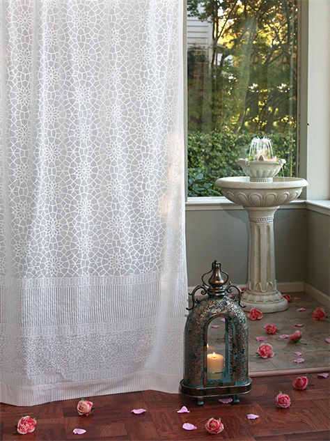 Airy Curtains To Brighten Any Window Paste
