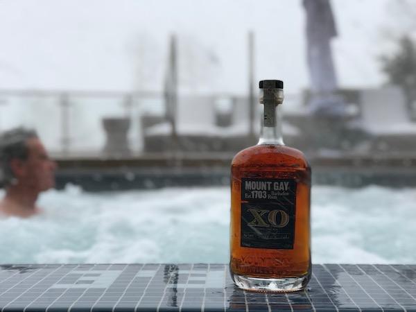 apres-rum hot-tub