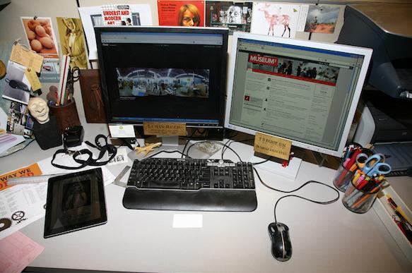 art-desks desks-10