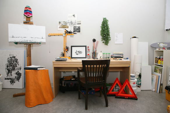 art-desks desks-12