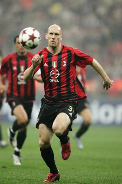 bald-soccer-players 3jaapstamr