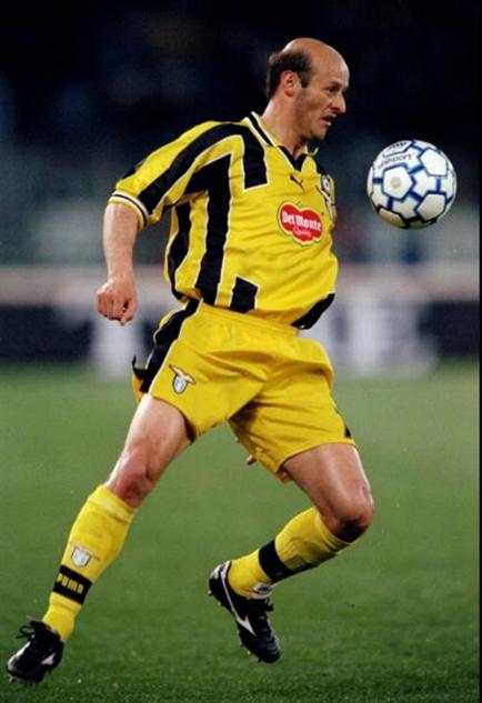 bald-soccer-players 6attiliolombardor