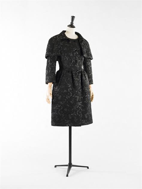 balenciaga- 20-balenciaga-robe-et-veste-lurex-1968