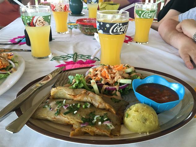 belize-food 08-tamales