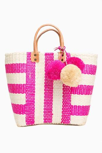 best-designed-picnic-baskets 77etxnpgqtslkzphj08ddp6bbeqi7y56-1-550x