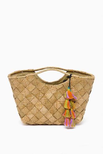 best-designed-picnic-baskets jlgy0nvkacfkdmt2ycfba5yl3aanb0g3-1-550x