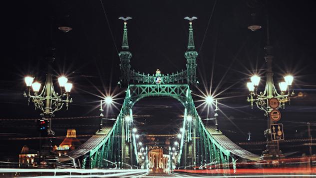 bestof2015-destinations luca-szalmas-liberty-bridge-556x314