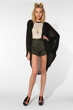 bethany-cosentino-for-urban-outfitters photo_24489_0-5