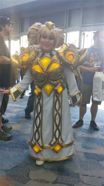 blizzcon-cosplay heroes-of-the-storm---chromie