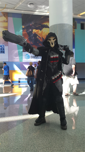 blizzcon-cosplay overwatch---reaper