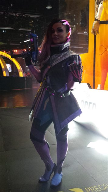 blizzcon-cosplay overwatch---sombra