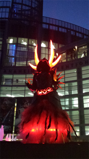 blizzcon-cosplay world-of-warcraft---flame-warlock-concept-art