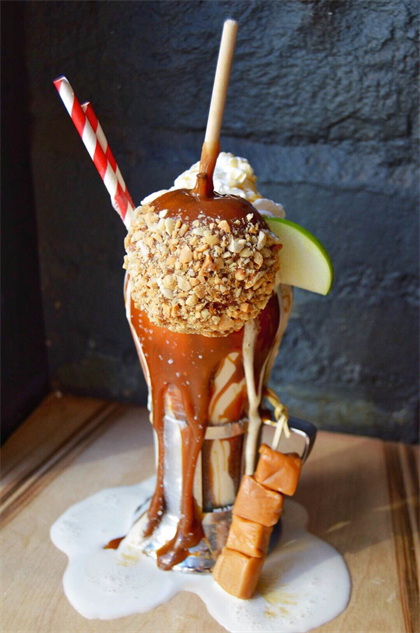 boozy-milkshakes 3-apple