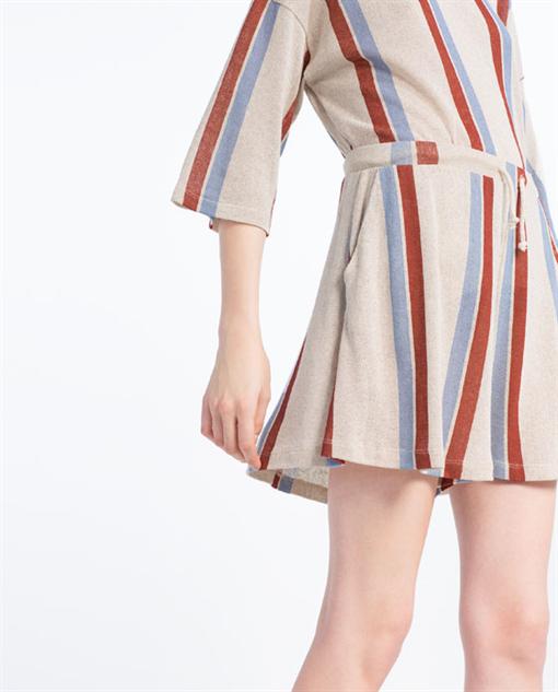 breezy-linen-shorts stripe