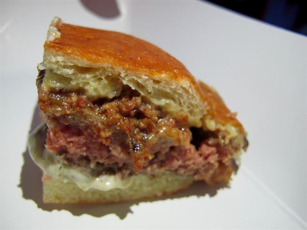 burger-bash 14-saxon---parole