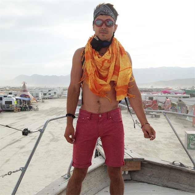 burning-man-outfits i-wish-i-could-dress-like  sc 1 st  Paste Magazine & Donu0027t Try This at Home: The Best Looks from Burning Man 2014 ...