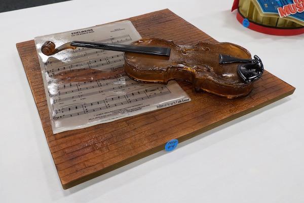 cake-show- 06-violin