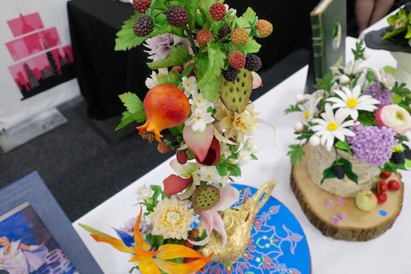 cake-show- 12-sugar-flowers