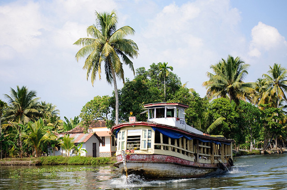 canals alappuzha-india-canals