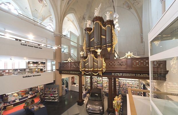 cathedral-bookstore church-9