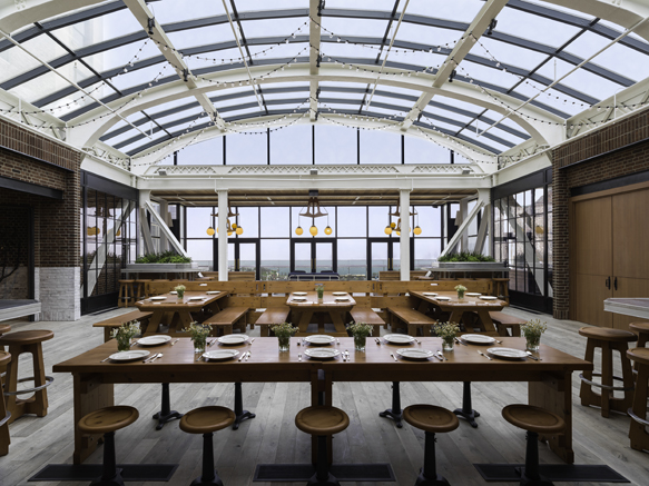 chi-patios cindys-interior---credit-chicago-athletic-association-hotel