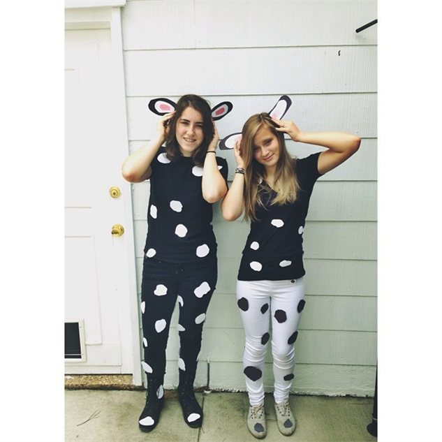 via Instagram/@amie_blair; chic-fil-a-cow-style britishgirlbornamerican1  sc 1 st  Paste Magazine & The 20 Best Costumes of Cow Appreciation Day 2014 :: Design ...