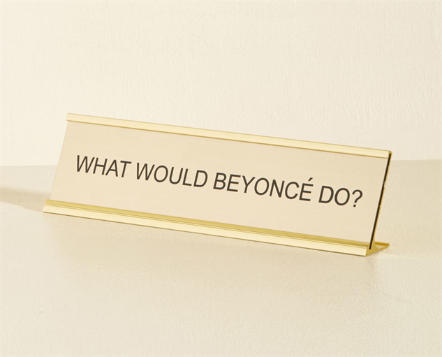 chic-office-decor beyonce