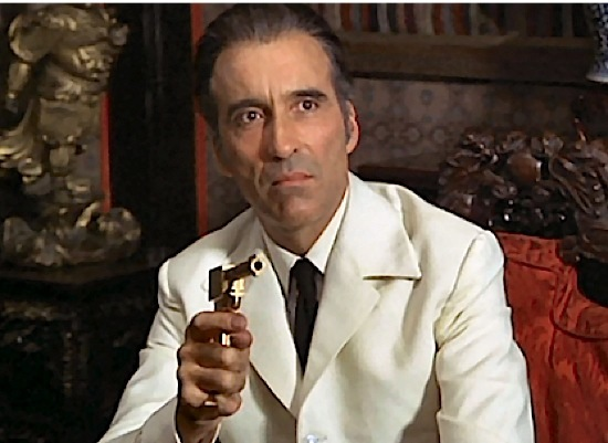 christopher-lee 32-lee-themanwiththegoldengun