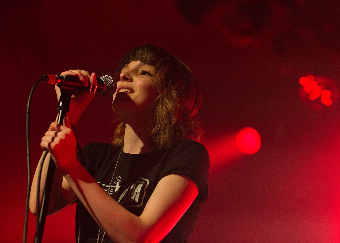chvrches photo_8374_0-4