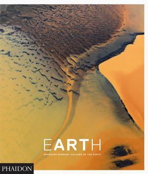 cofee-table-books earth