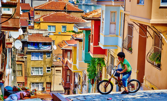 colorful-cities balat-istanbul-turkey-colorful