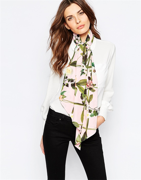 colorful-printed-spring-scarf baker