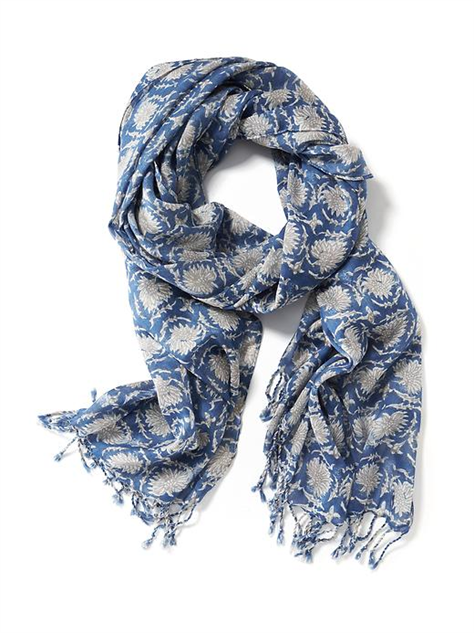 colorful-printed-spring-scarf linear