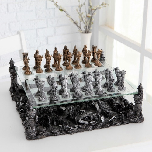 Superbe ... Cool Chess Sets Knight