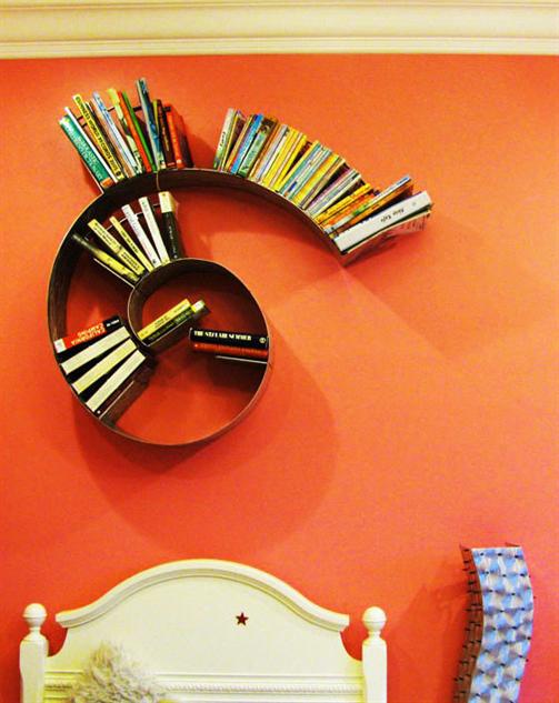 cool-home-bookshelves spiral
