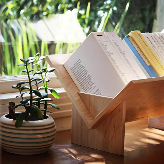 cool-home-bookshelves tabletop