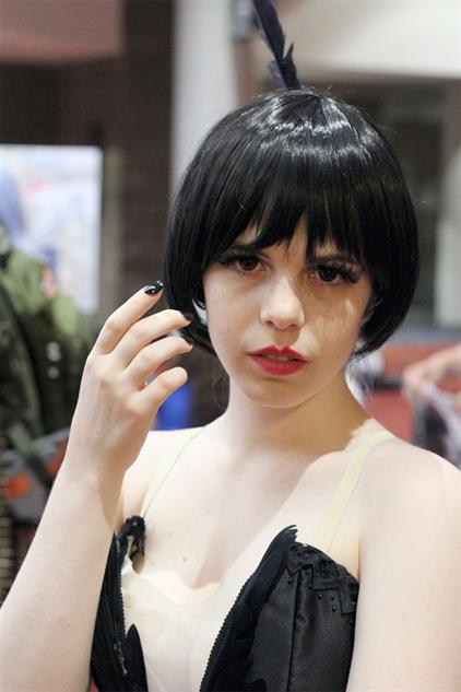 cosplay-gallery-momocon kraehe