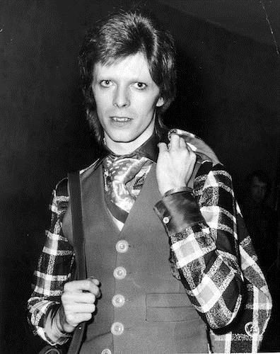david-bowie-fashion gettyimages-103627704