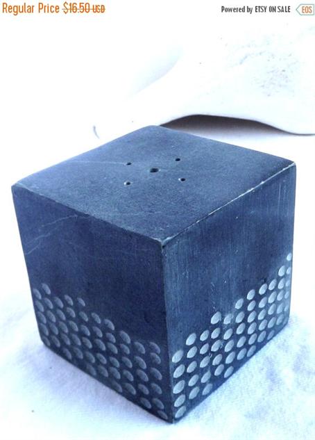 design-incense-burner cube