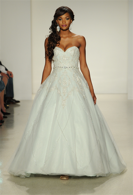 Fairy Tale Wedding Gowns :: Design :: Galleries :: Paste
