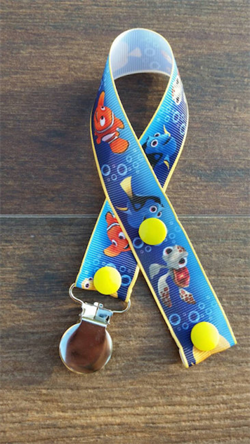 dory-etsy 14-june-paste-movies-gallery-finding-dory-etsy-pacifier-clip