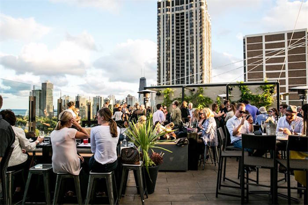 dramatic-rooftop-bars j-parker