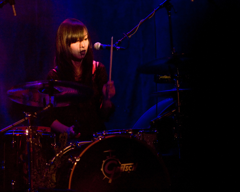 dum-dum-girls-2012 photo_29202_0-4