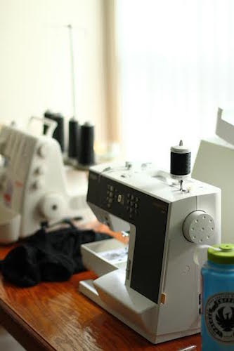 elizabeth-sewing sewing6