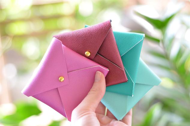 etsy-vegan-leather envelope