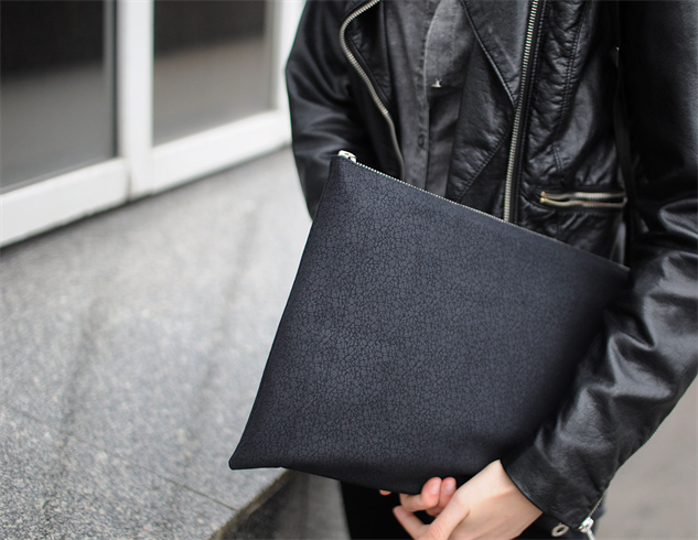 etsy-vegan-leather macbook