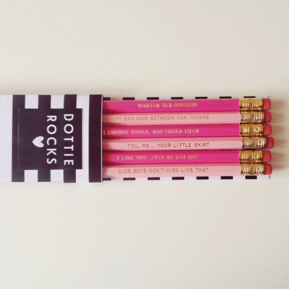 etsy-xmas 10-paste-etsy-movie-gifts-bridget-jones-pencils